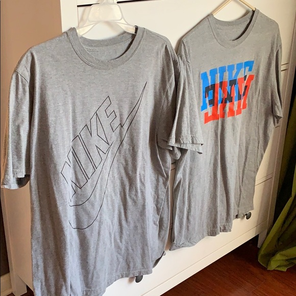 2 men's Nike T-shirts XL